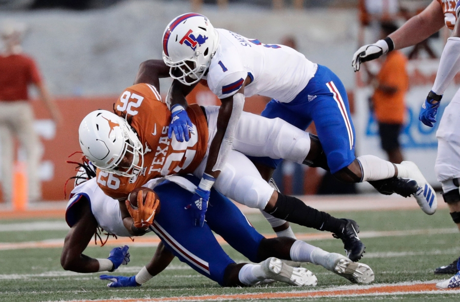 BLOG: Texas takes care of business with 45-14 win over