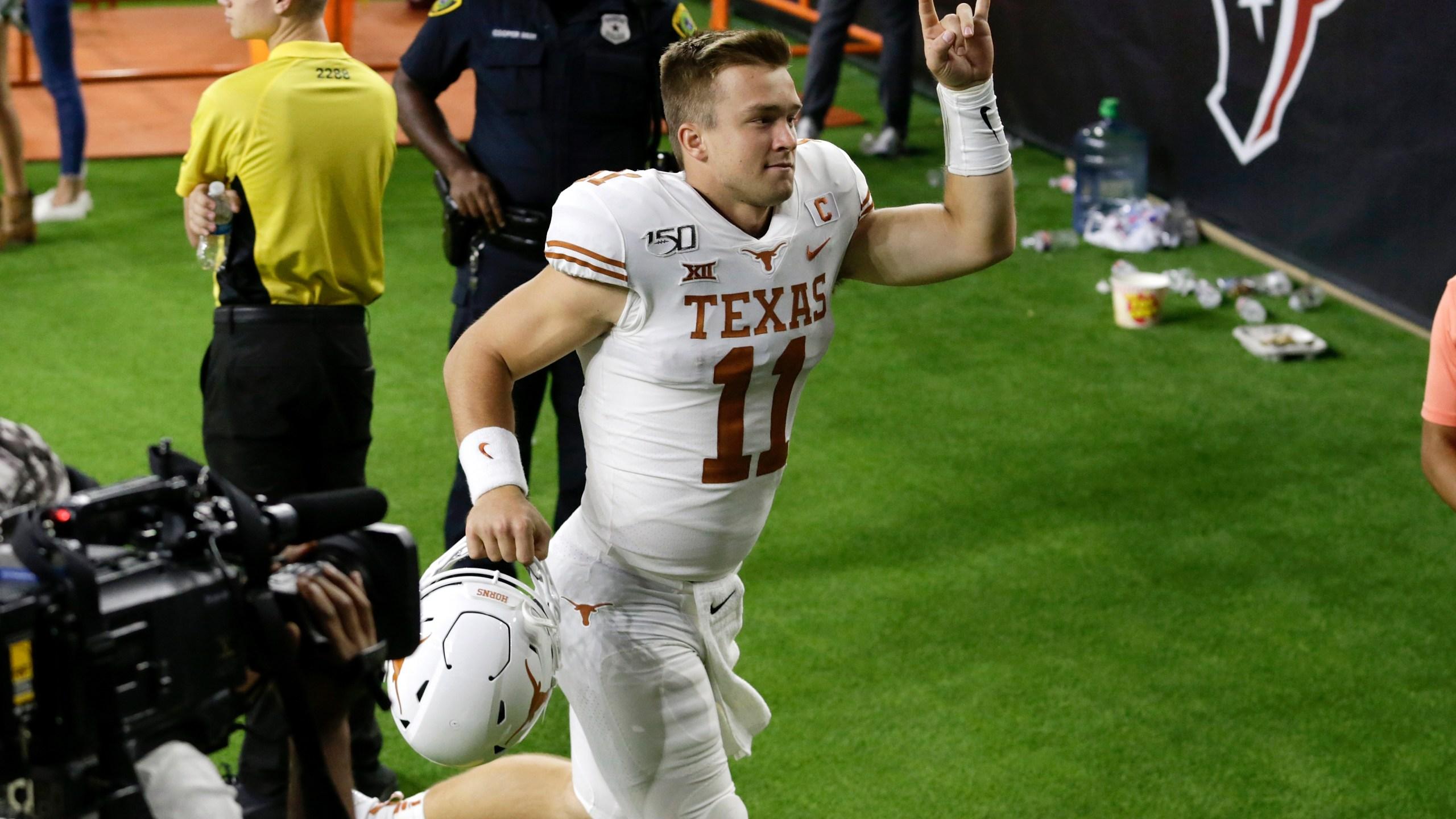 Texas Quarterback Sam Ehlinger Starts Gofundme Page For Covid 19 Relief Kxan Austin