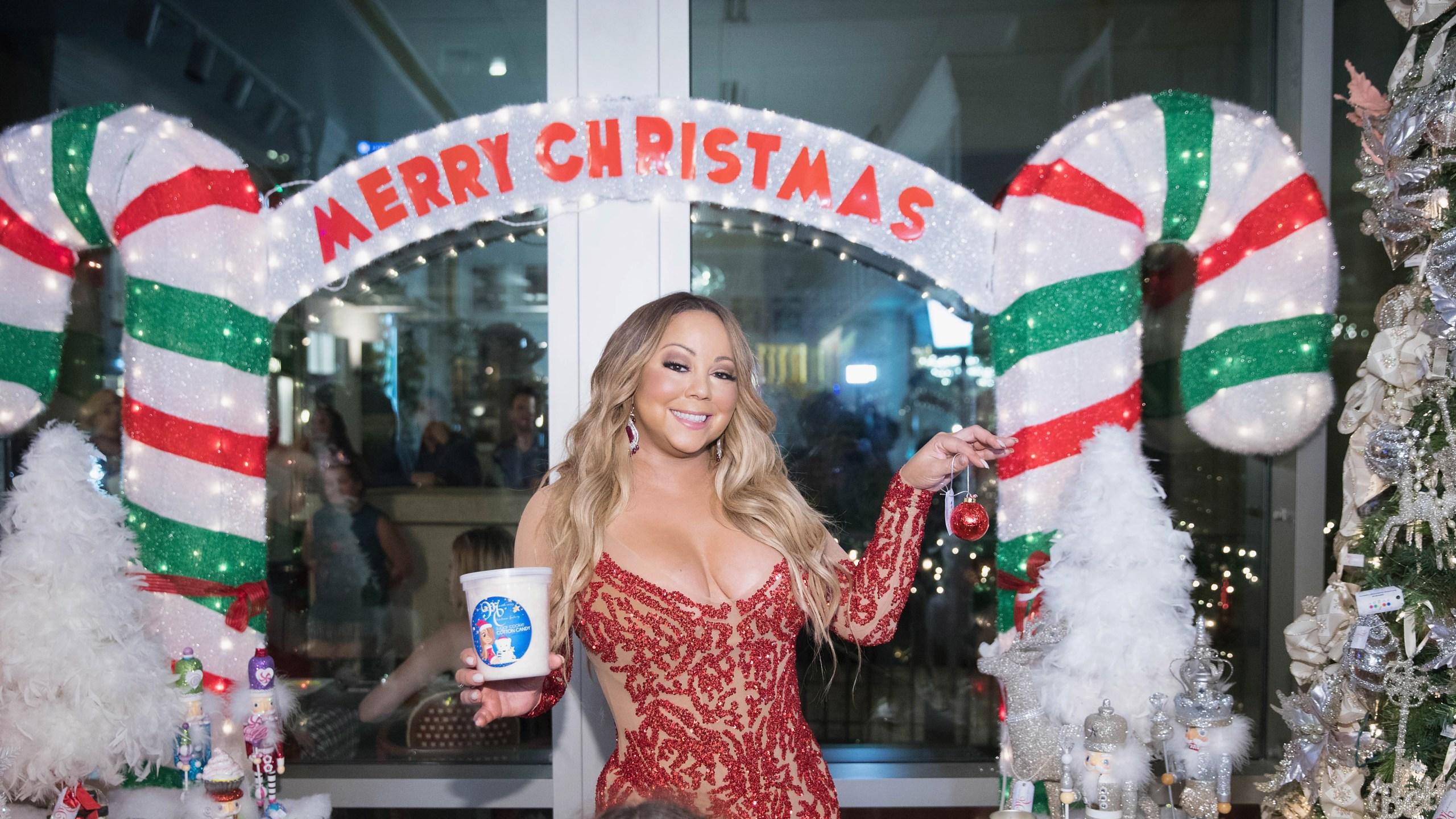 Mariah Carey Christmas.Mariah Carey Announces Merry Christmas 25th Anniversary Re