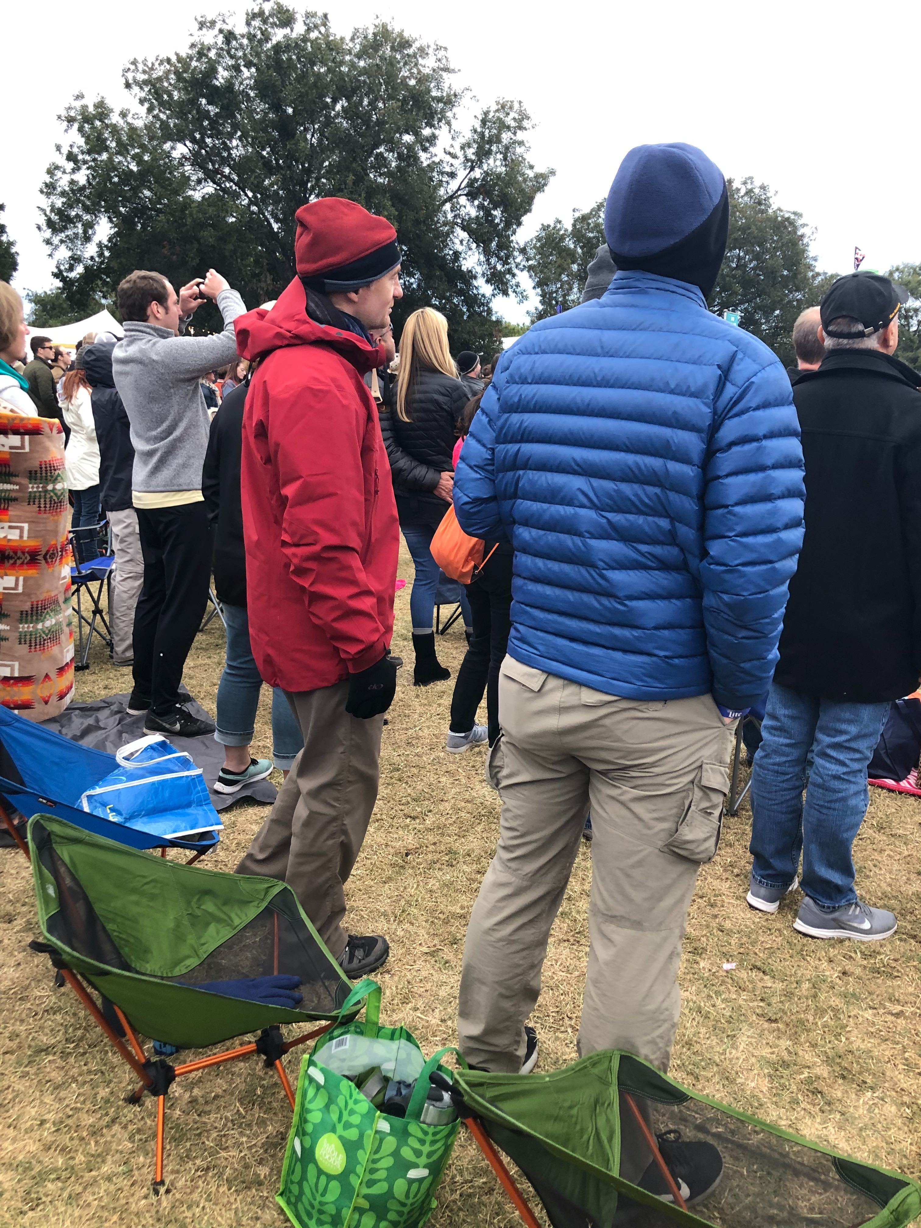 A bundled up crowd listens to the Raconteurs on Weekend 2 of ACL 2019 (KXAN Photo/Erin Cargile)