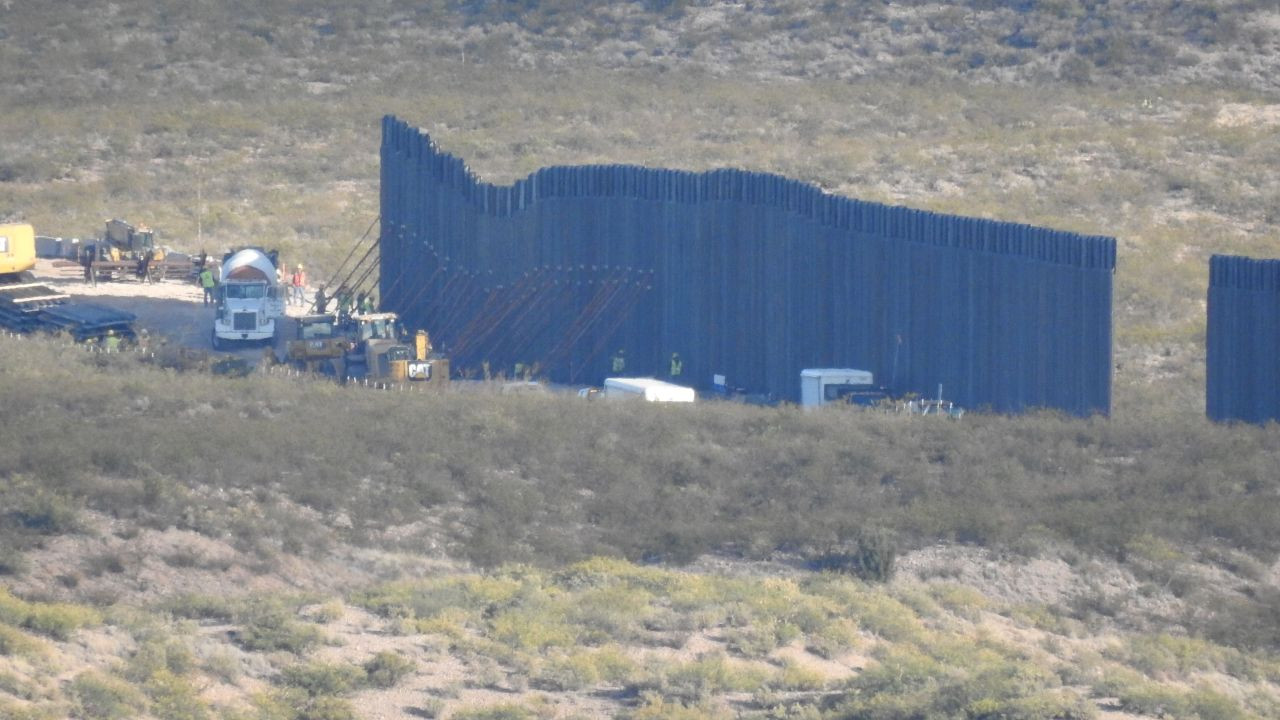 New border wall going up in southeastern Arizona wildlife refuge