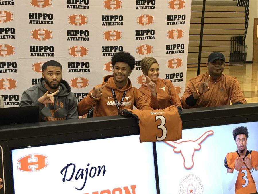 Dajon Harrison signs with Texas 2