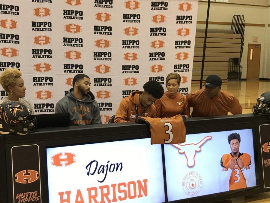 Dajon Harrison signs with Texas
