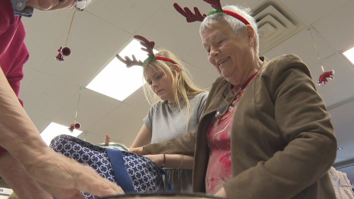 Volunteer On Christmas Day 2020 Growing senior population, rising cost point to need for more meal