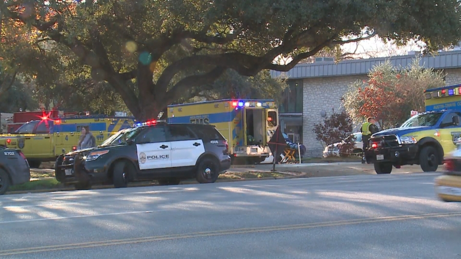 Scene of a deadly stabbing on South Congress Avenue Jan. 3, 2020 (KXAN Photo/Alex Hoder)