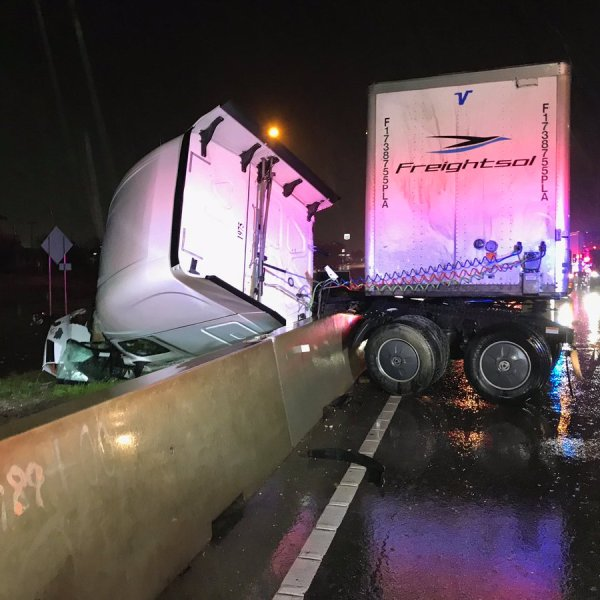 Old Settlers Blvd semi-truck crash