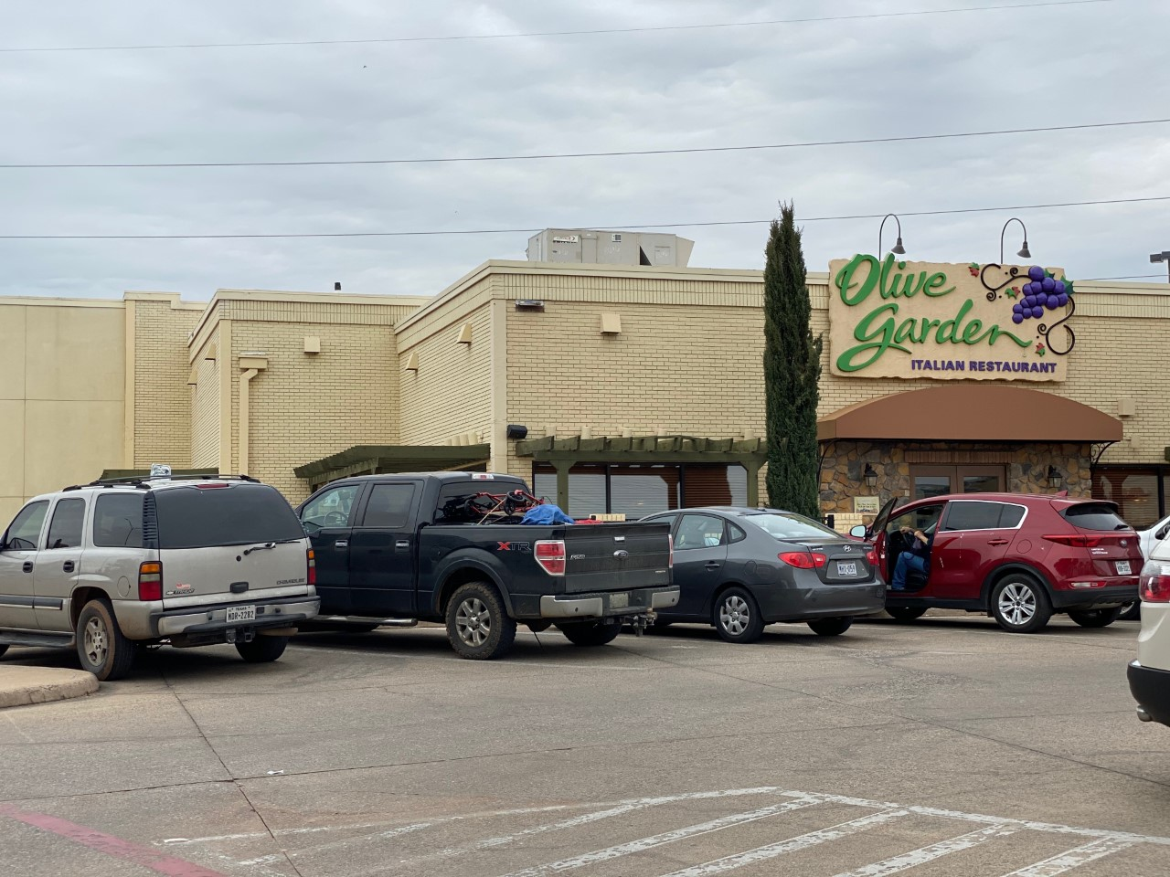 Need Food For The Family Takeout Deals During Covid 19 Kxan Com