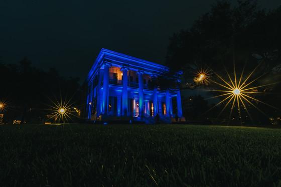 Blue at Gov Mansion