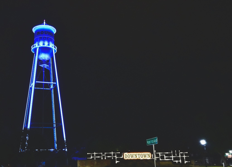 Round Rock's water tower lit blue to support healthcare workers (City of Round Rock Photo)