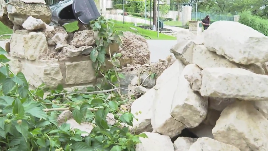 Destruction left behind in neighborhood hugging Austin greenbelt on Memorial weekend