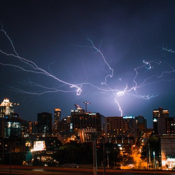 Austin severe storms lighning 5-24-20
