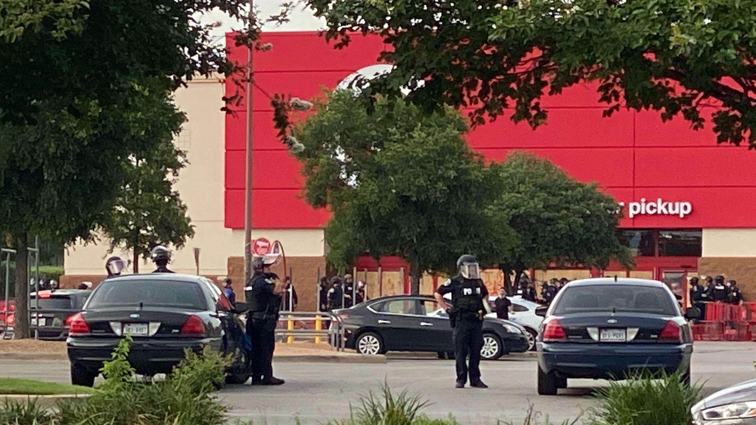 Austin police - looting at Capital Plaza target