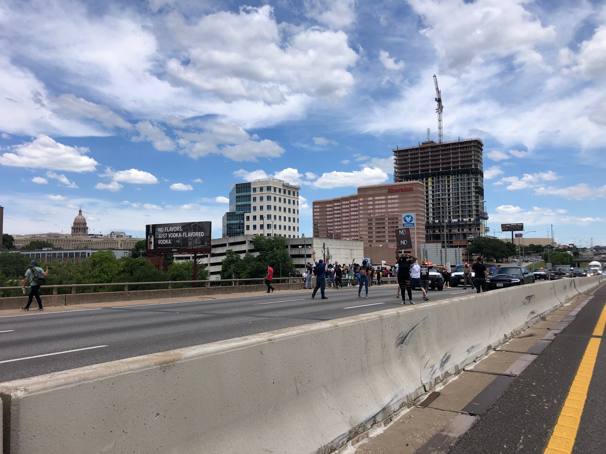 Protesters block I-35 in downtown Austin 5-30-20