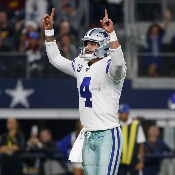 Dallas Cowboys Dak Prescott celebrates