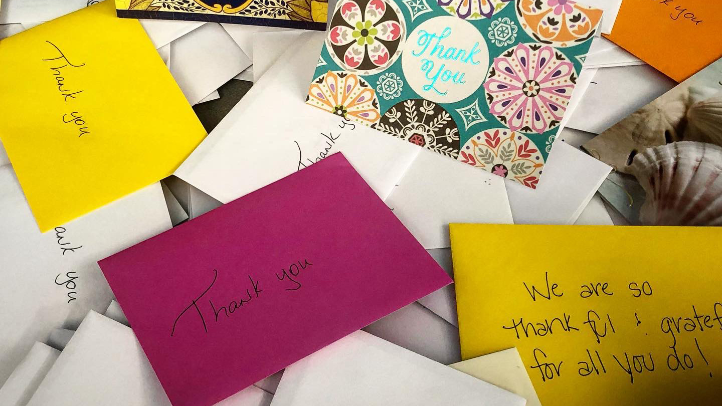 Thank you notes for Austin police officers (Austin Police Department Photo)