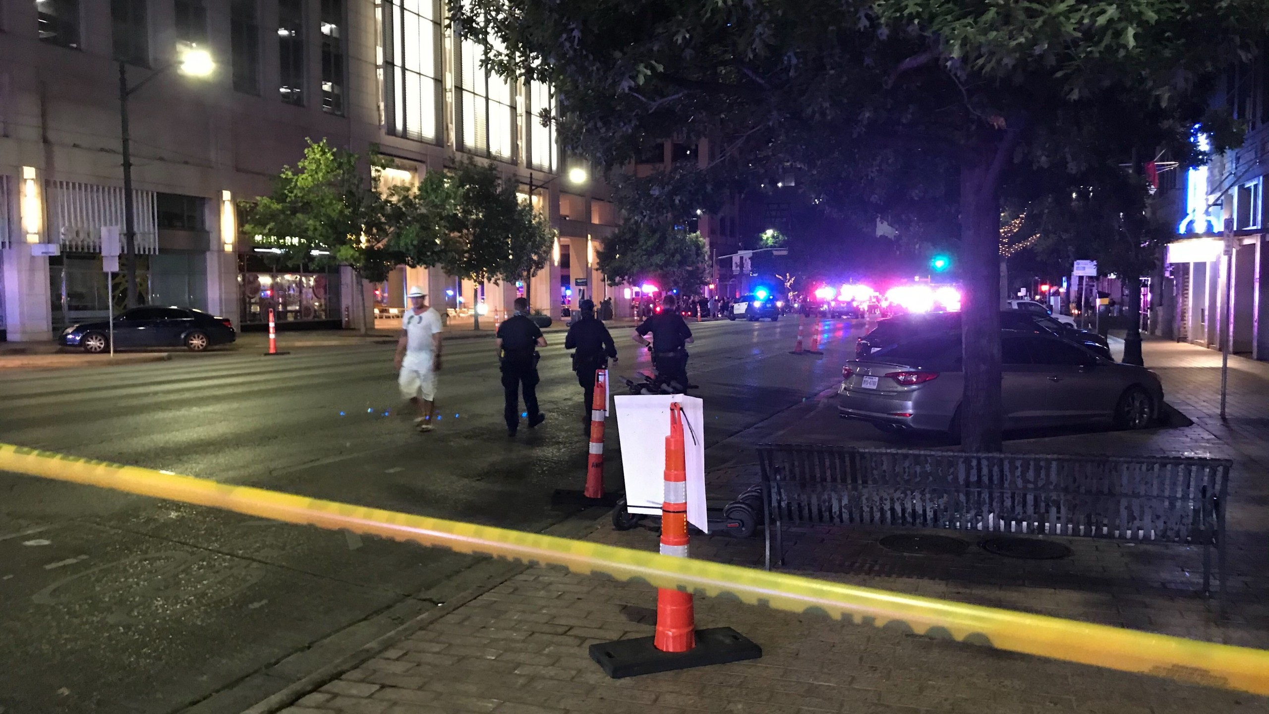 6th street and congress avenue shooting