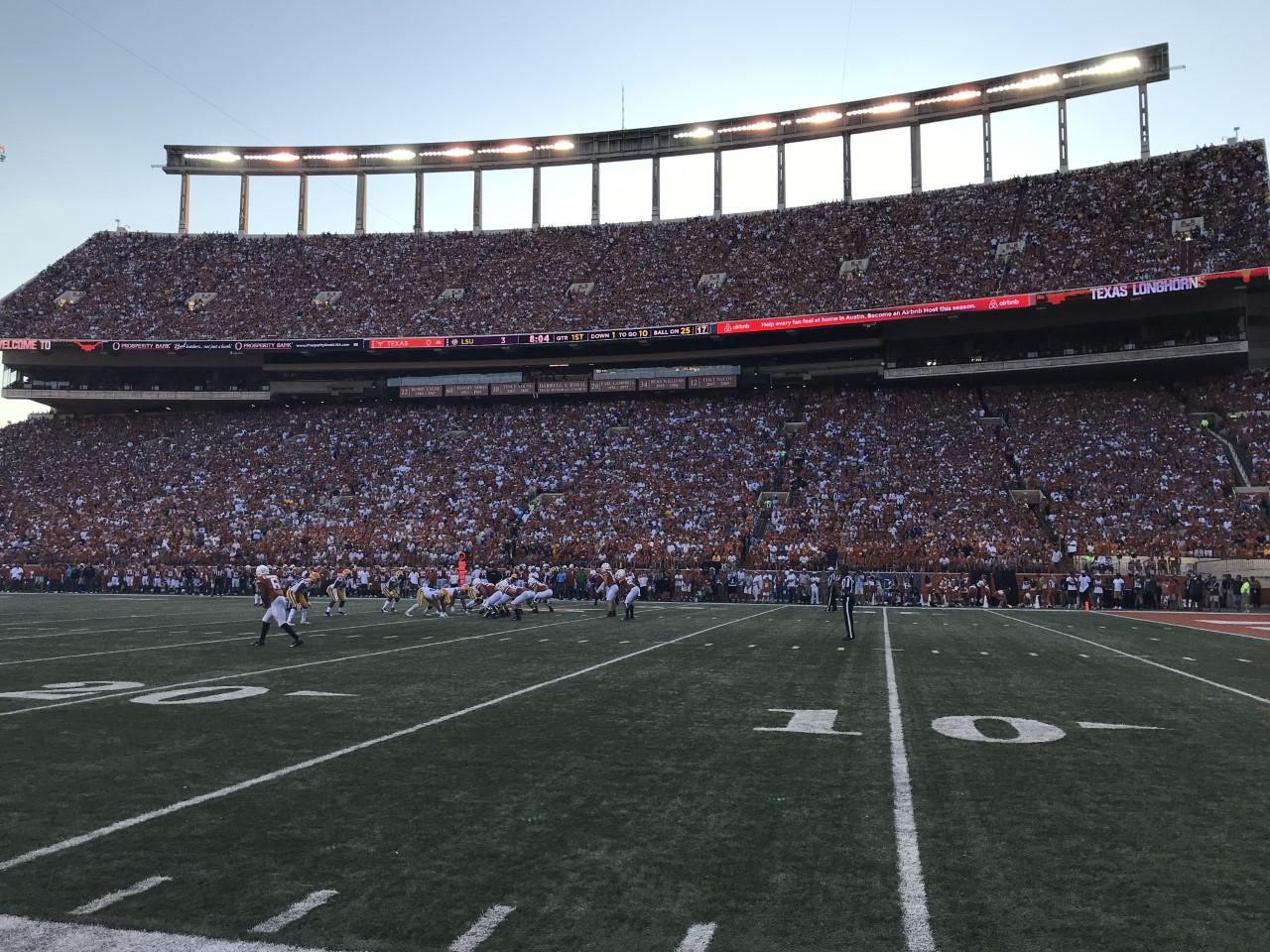 Ut Looking At Limiting Darrell K Royal Texas Memorial Stadium Capacity To 25 Kxan Austin