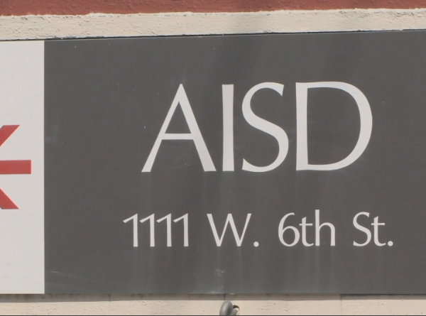 Austin ISD discusses moving back start of school
