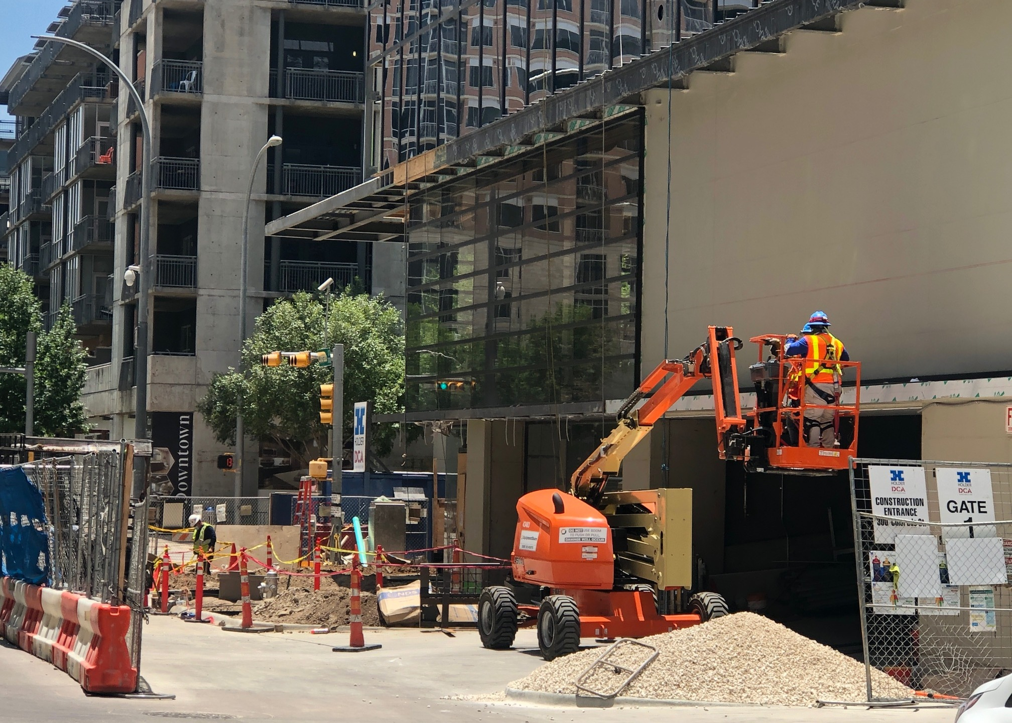 Downtown Austin construction (KXAN Photo/Frank Martinez)