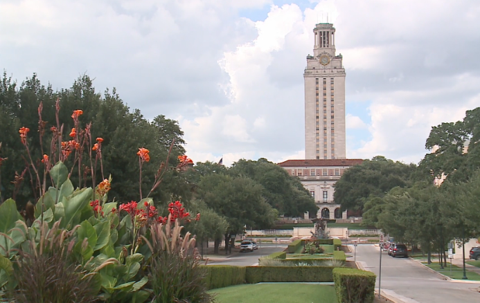 Students at UT share concerns over COVID-19 as some campuses around the nation see outbreaks