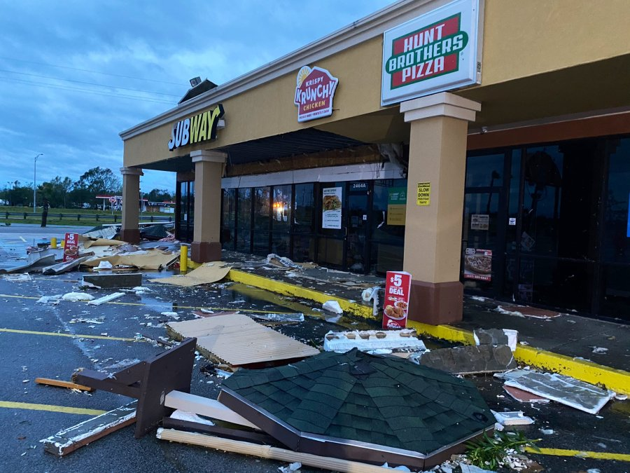 Damage in Vinton, Louisiana, after Hurricane Laura passed through Aug. 27, 2020 (KXAN Photo/Alex Caprariello)