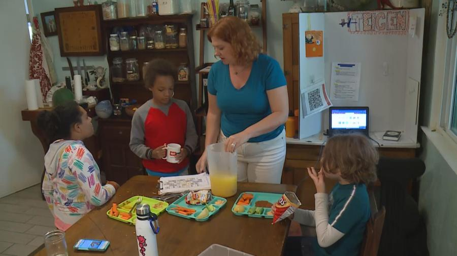 Thais Perkins makes sure each student in her learning pod has healthy snacks and lunches (KXAN Photo)