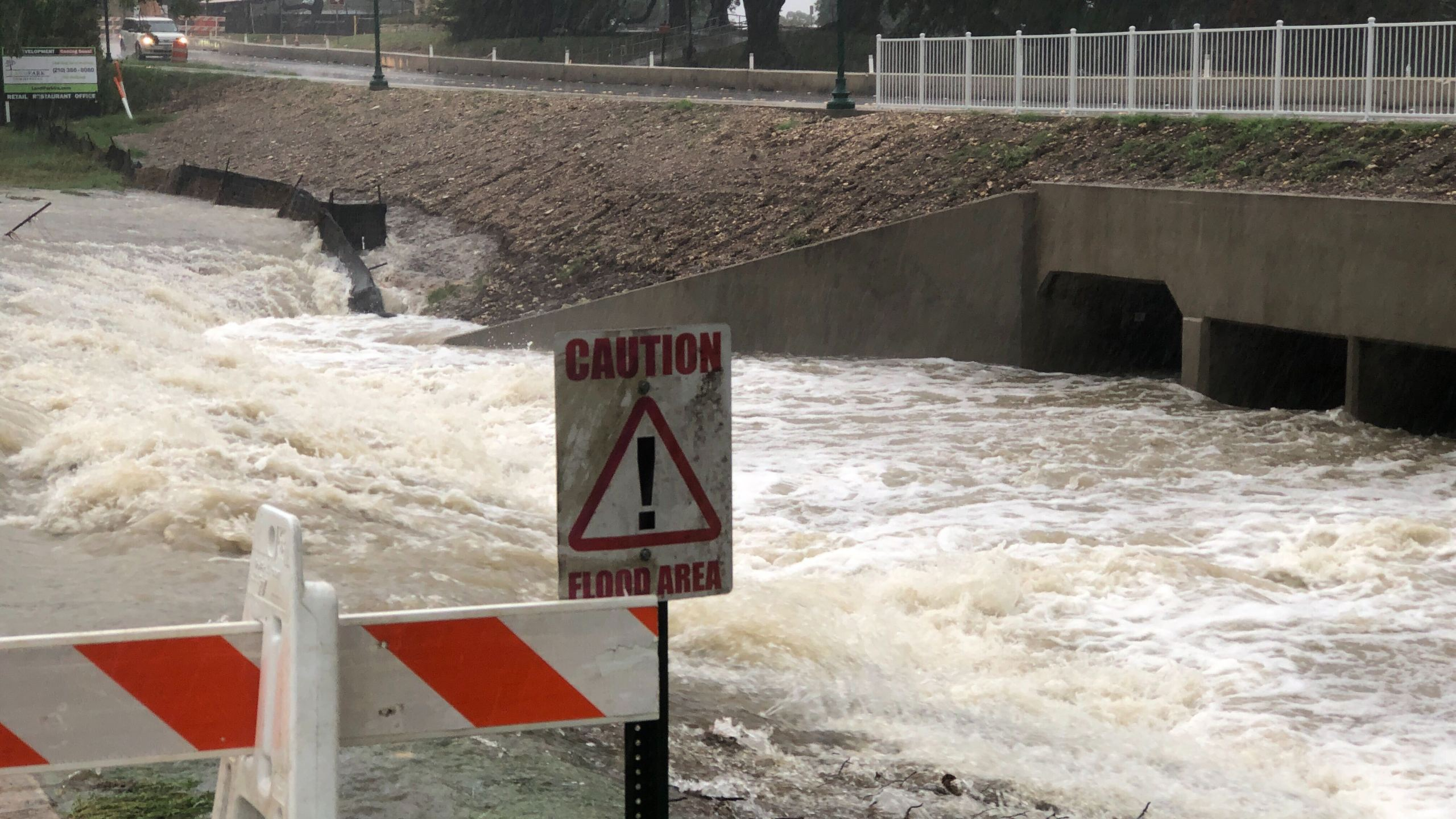 Flooding at Bradfield Park in Buda Sept. 4, 2020 (KXAN Photo/Julie Karam)