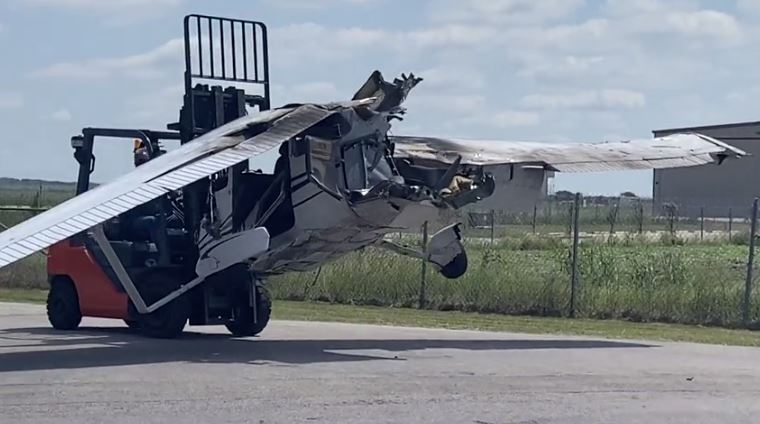 One of the planes that collided at San Marcos Regional Airport was removed Sept. 25, 2020 (KXAN Photo/Kaitlyn Karmout)