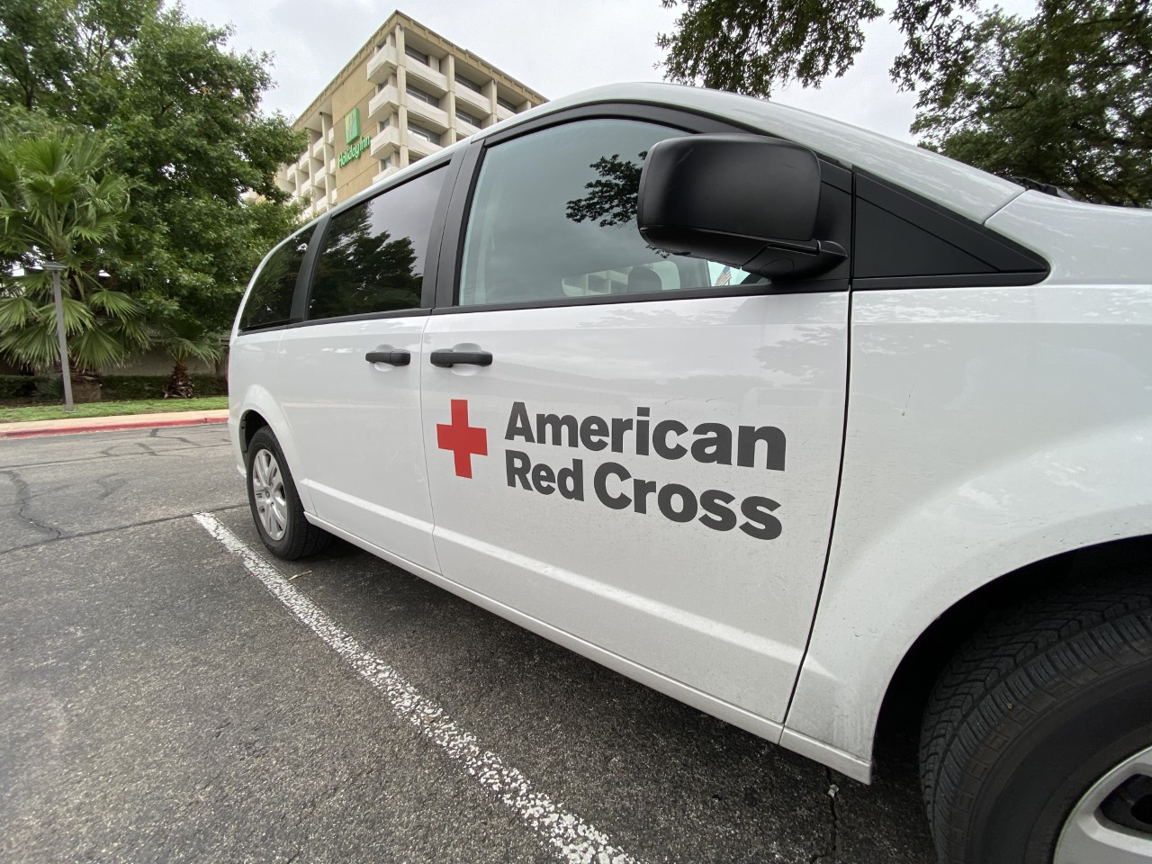 red cross van pic