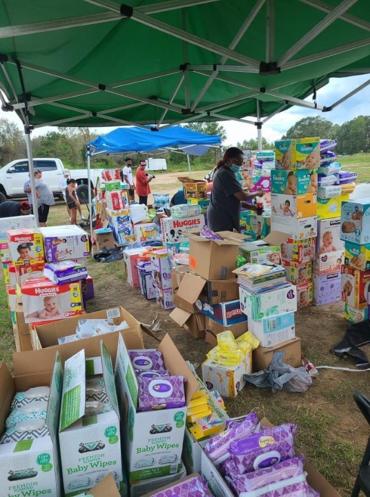 A photo of supplies being distributed to people impacted by a hurricane in Newton County (Courtesy Texas Forest Country Partnership)