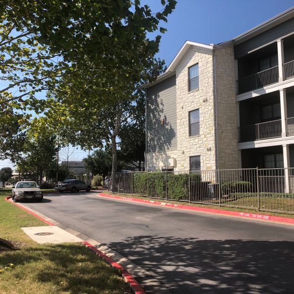 Homicide investigation launched after body found at Villas Tech Ridge apartments (Picture: KXAN/Mariano Garza)