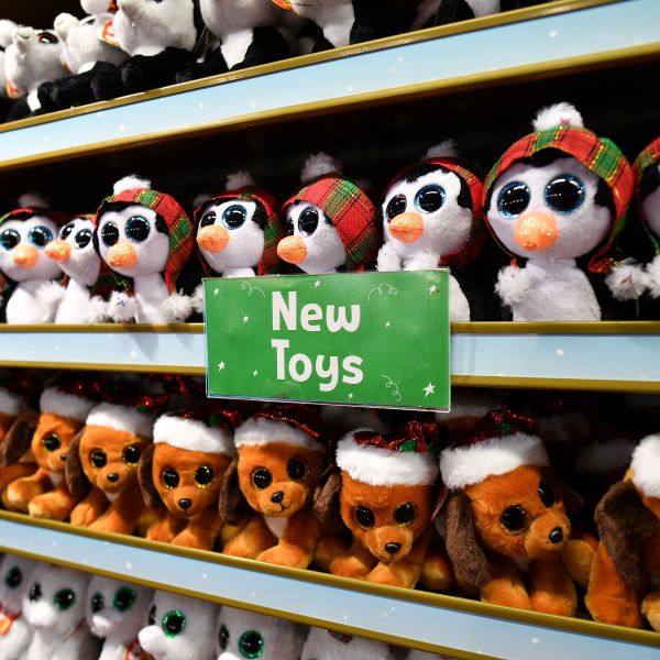 BRITAIN-RETAIL-CHRISTMAS-TOYS