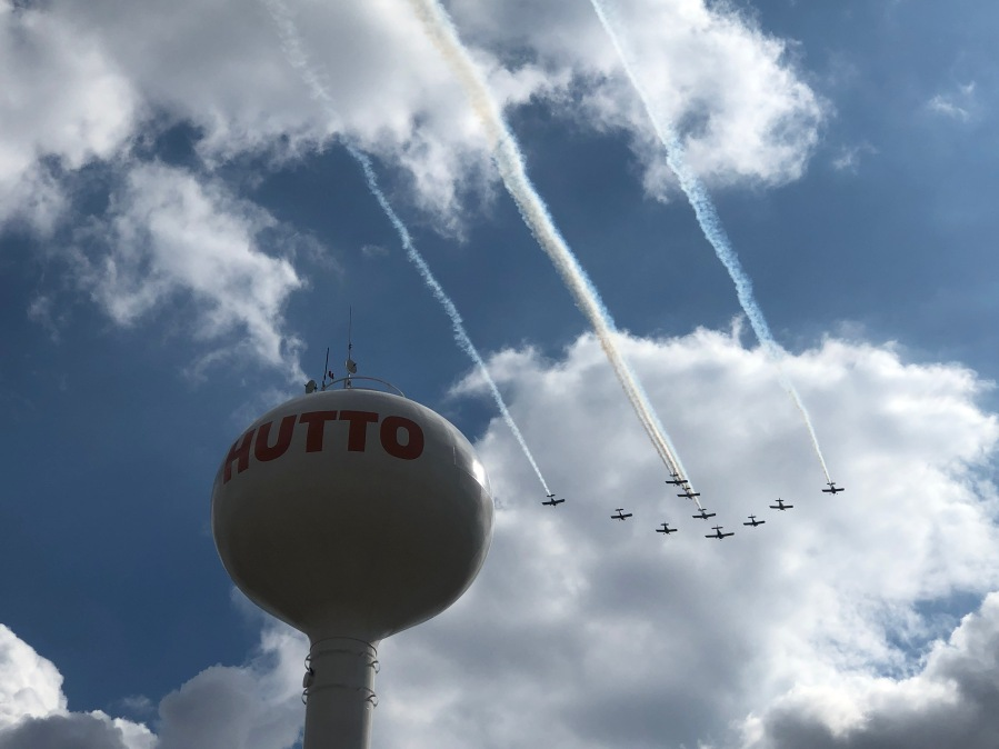 Hutto ISD Veterans Day Airshow (KXAN/Frank Martinez)