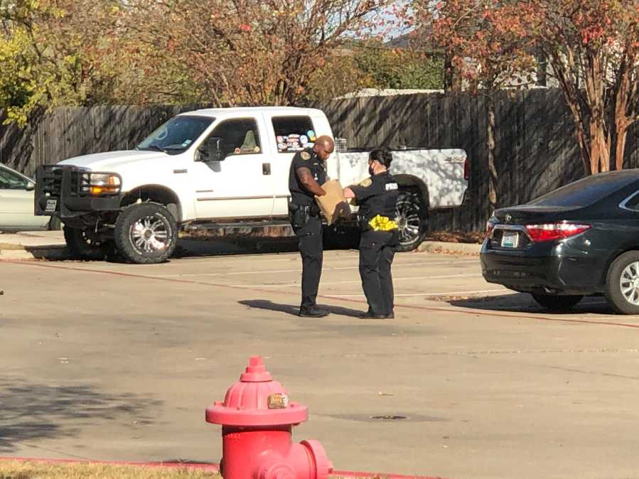 Pflugerville police investigating shooting at the Autumn Ranch Apartments Nov. 24 (KXAN/Chris Nelson)