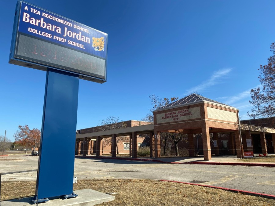 Barbara Jordan Elementary School (KXAN Photo/Jacqulyn Powell)