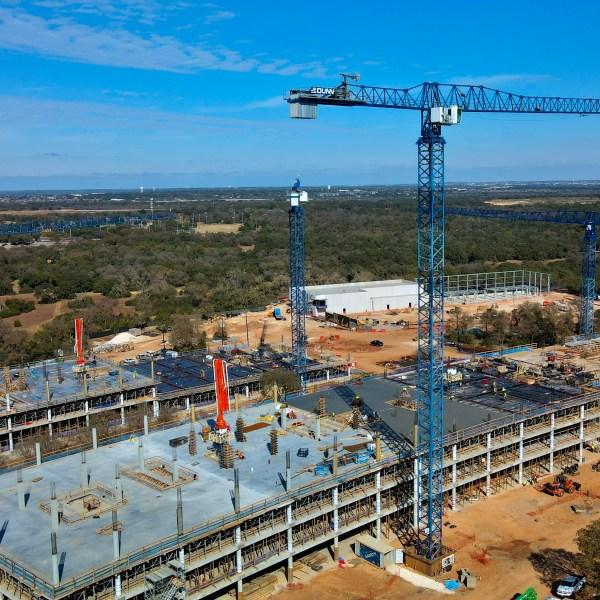 Construction of Apple campus in Austin on Dec. 3, 2020 (Courtesy Mischa Baeza)