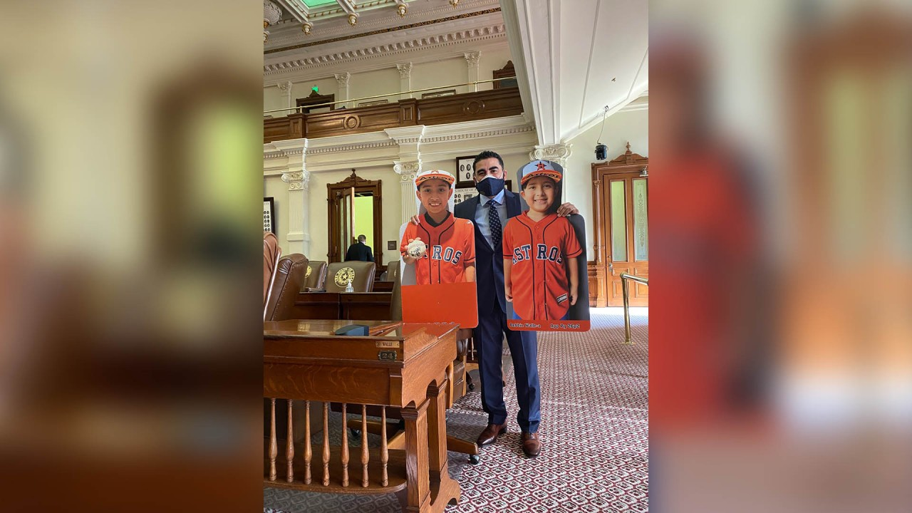 Texas lawmaker brought his sons' Astros cutouts instead of family to Capitol