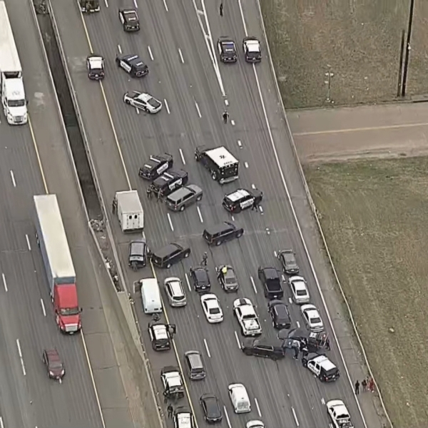 A standoff in Dallas shut down I-20 Jan. 8, 2020 (KXAS Photo)