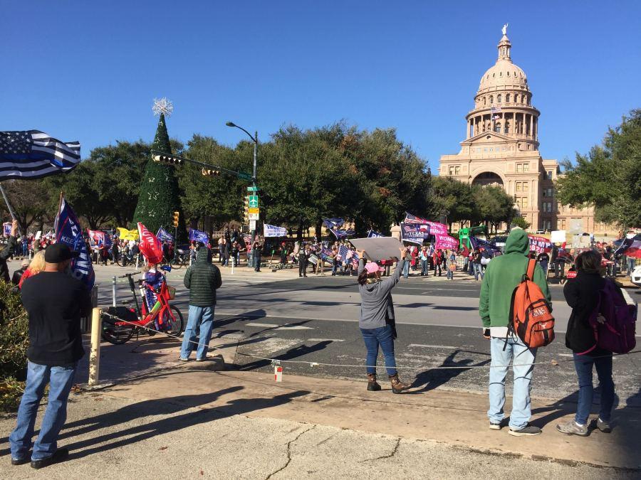 Protesters at the Texas Capitol Jan. 6, 2020 (KXAN Photo/Juan Salinas)