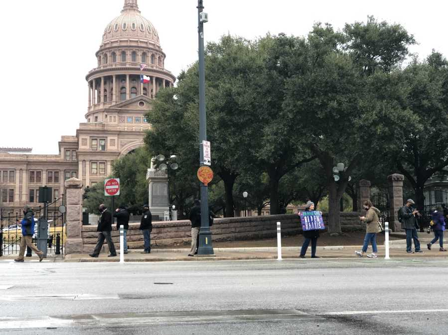 The south side of the Texas Capitol around 10:30 a.m. Jan. 20, 2021 (KXAN Photo/Julie Karam)