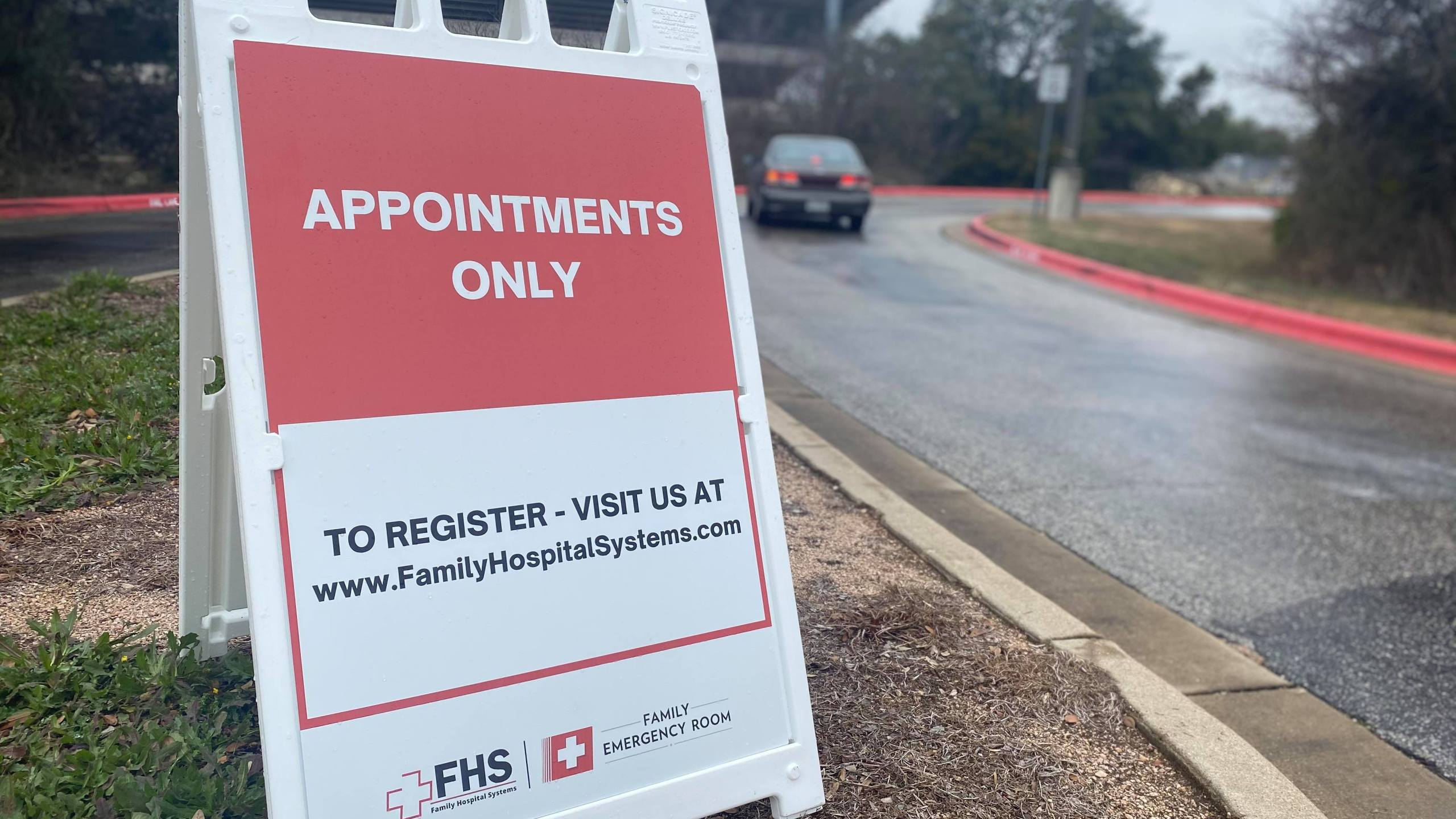 Williamson County used a drive-thru approach Wednesday to start administering vaccines at the Kelly Reeves Sports Complex (KXAN/Kaitlyn Karmout)
