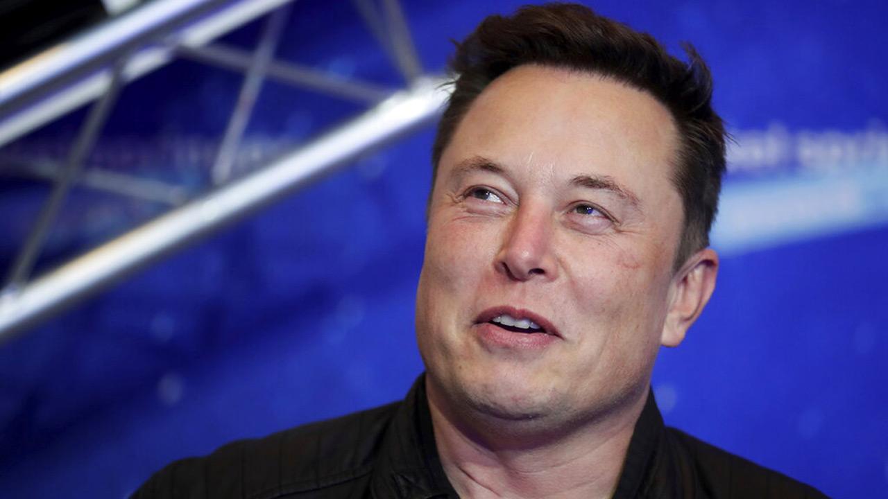 Elon Musk, Joe Rogan sit down for interview and talk about - KXAN.com
