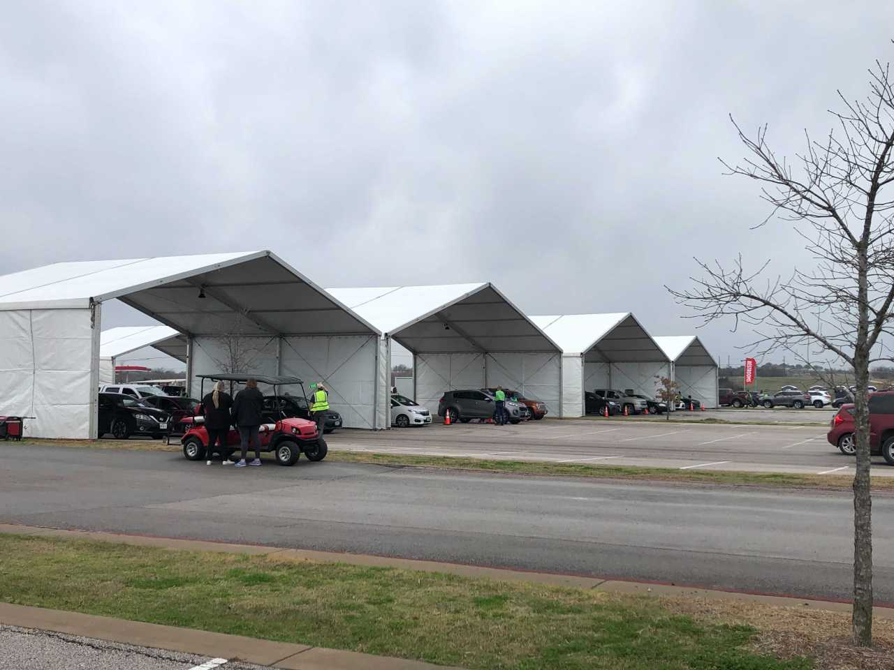 Austin's Circuit of the Americas officially opens as mass COVID-19 vaccination hub - KXAN.com