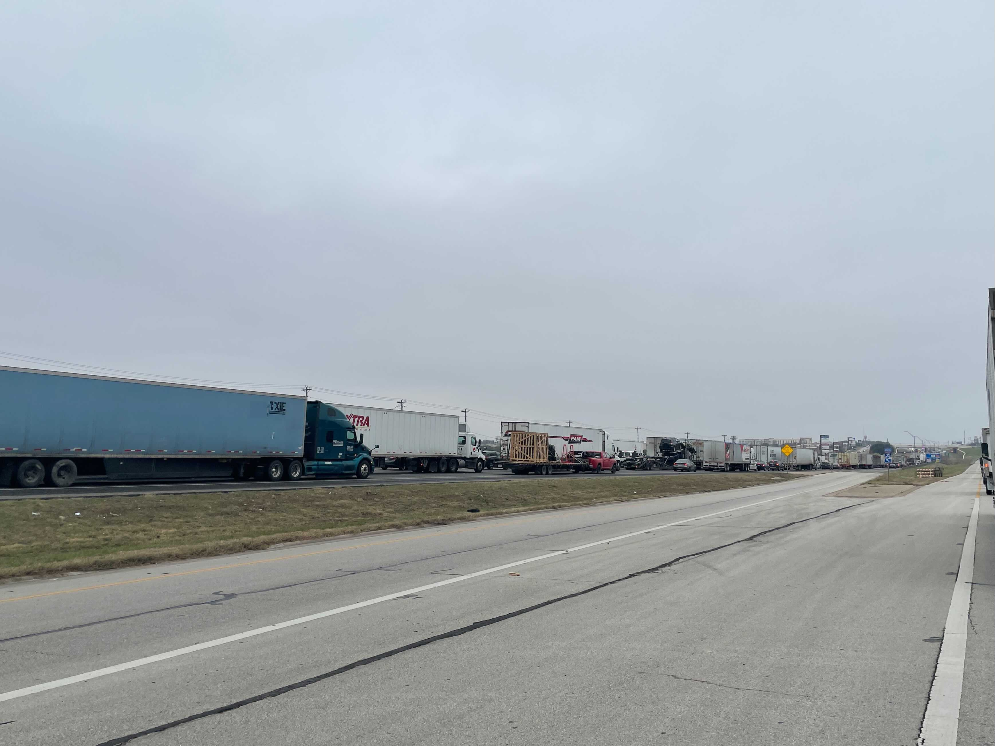 Backup on I-35 south Feb. 12, 2021 after a crash near mile marker 214 (KXAN Photo/Nick Bannin)