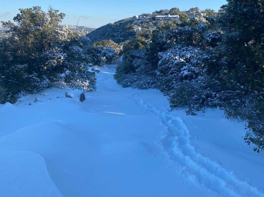 Snow at Mt. Bonnell Feb. 15, 2021 (KXAN Photo/Nabil Remadna)