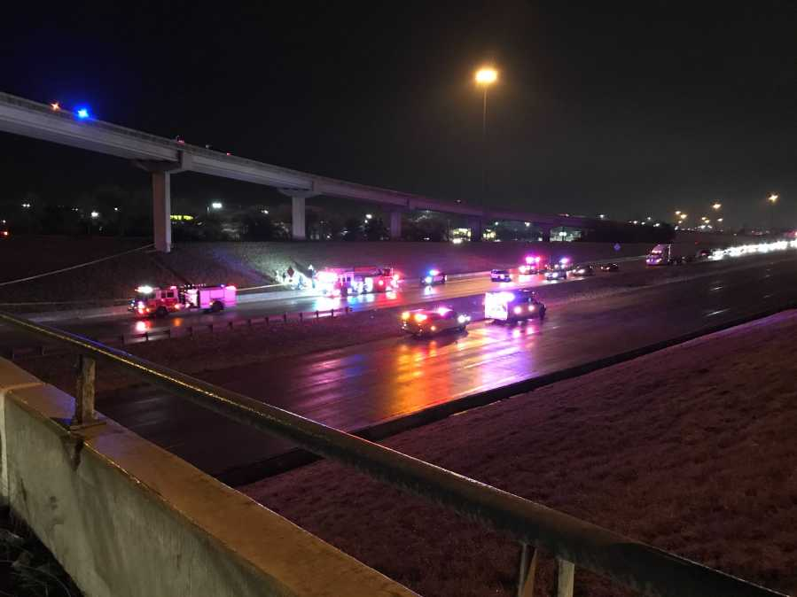 Three-vehicle crash on U.S. Highway 290 near MoPac in south Austin (KXAN/Tim Holcomb)