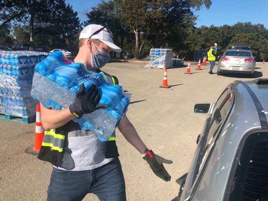 Despite improving conditions, there are still places to get free water around Austin