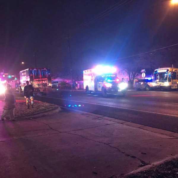 SWAT call in east Austin on Rogge Lane Feb. 10, 2021 (KXAN Photo/Tim Holcomb)