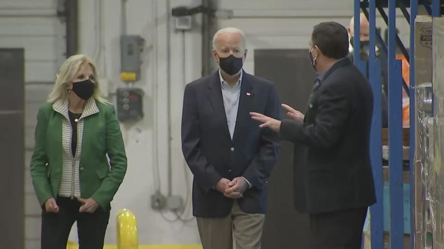 First Lady Dr. Jill Biden and President Joe Biden visit the Houston Food Bank Feb. 26, 2021 (Pool Photo)