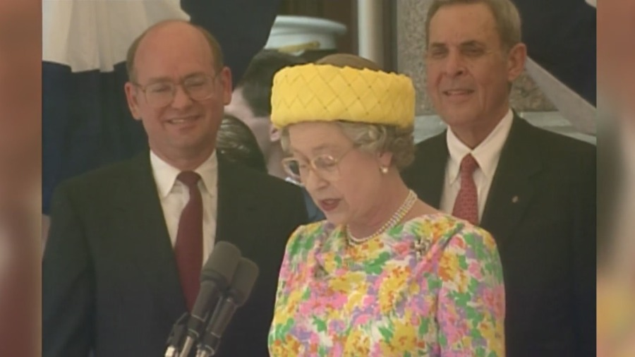 Queen Elizabeth visits Austin, Texas in May 1991 (KXAN Archive Footage)